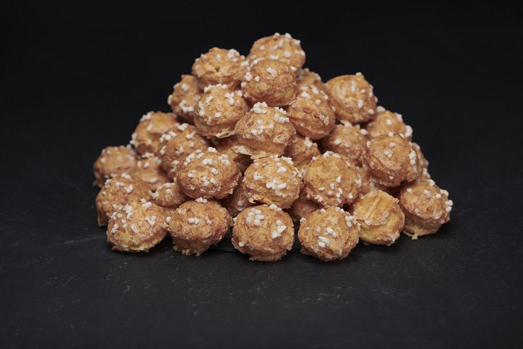 photo de chouquettes au sucre chez L&G atelier gourmand boulangerie Lyon 6
